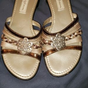 Almost new..BRIGHTON.. leather sandals